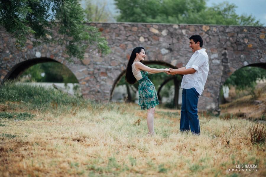 Yana, rusian, rusa, chihuahua, Adrian, casual, e-session, engagement, parque, park, photography, professional, fotógrafo