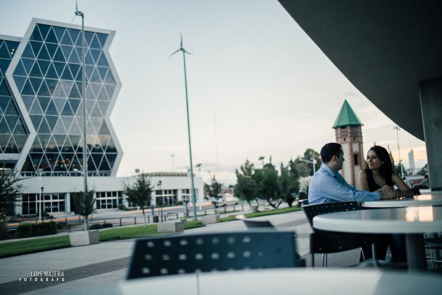 e-session, sesión de fotos de compromiso casuales en chihuahua ITESM