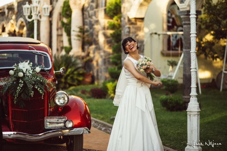 chihuahua, bodas, fotografia, foto, wedding, bride, novia, carro rojo
