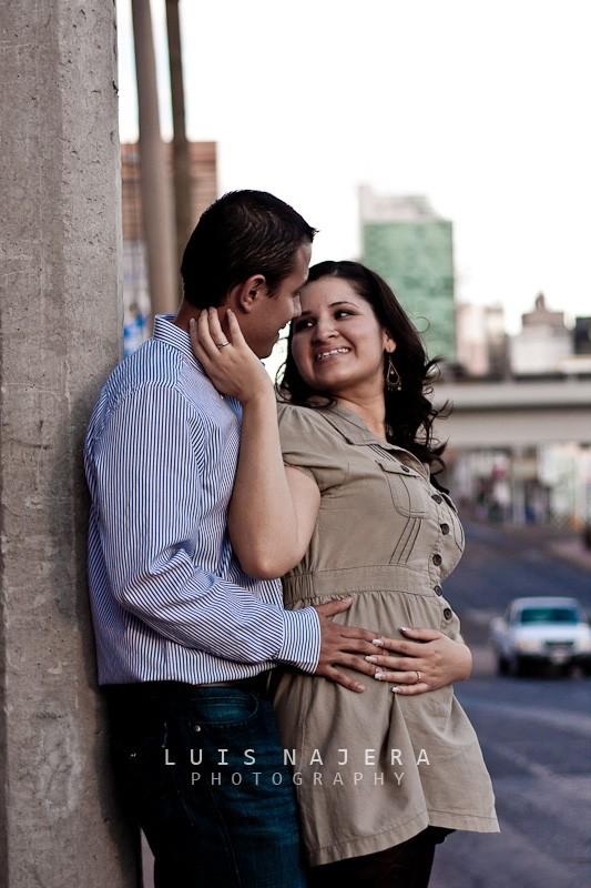 ciudad, sesión casual, e-session, compromiso, novios, fotógrafo